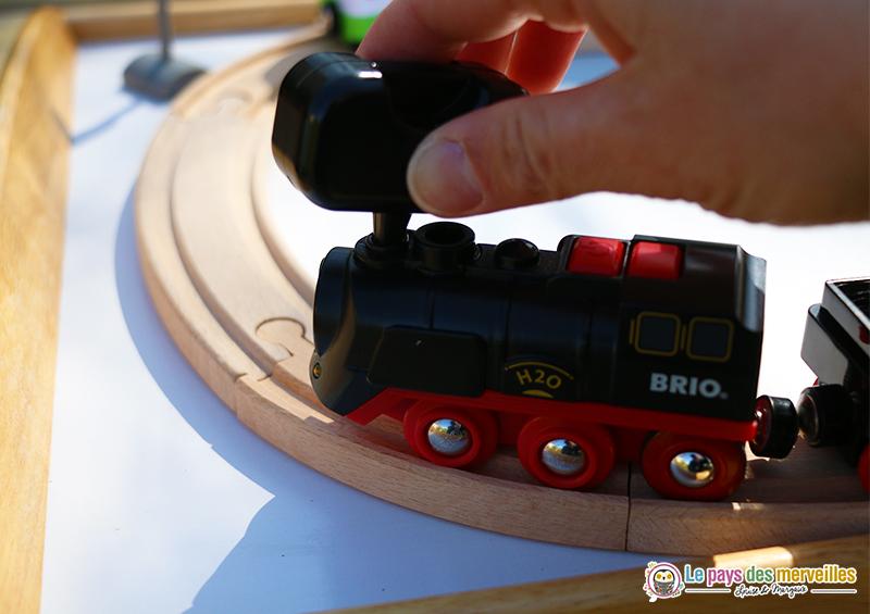 locomotive à vapeur et à piles