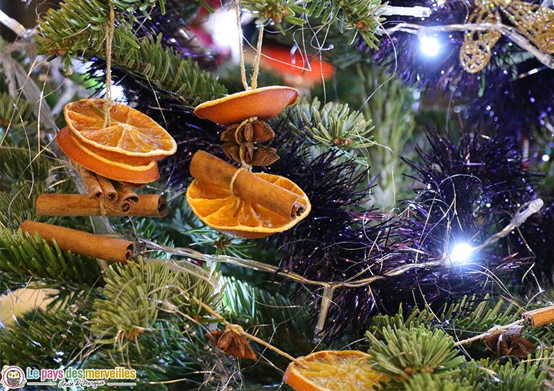 Suspensions naturelles pour le sapin de Noël
