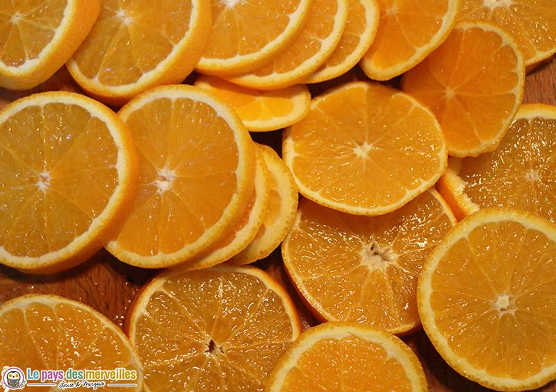 oranges coupées en tranches