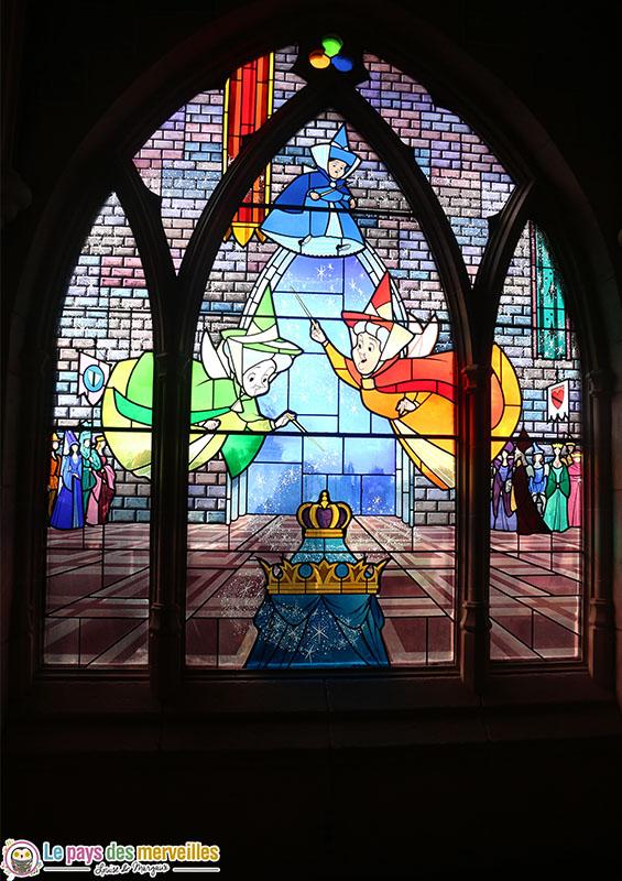 vitraux du chateau de la Belle au bois dormant